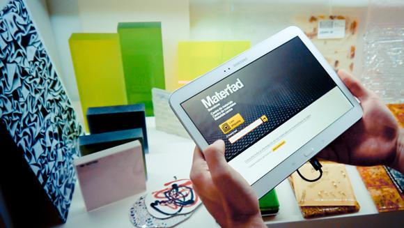 El sistema RFID incluye dos puntos de consulta móvil (tablet) y un punto de consulta fijo (PC)